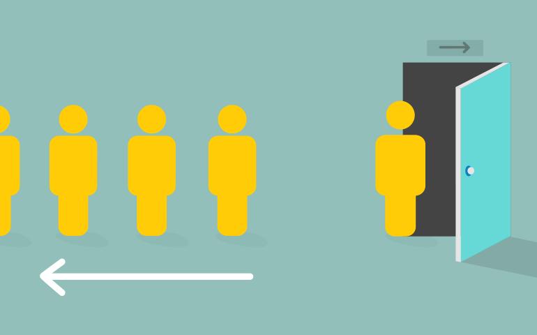 Аналитика данных по оттоку клиентов в Qlik: Статистическая модель